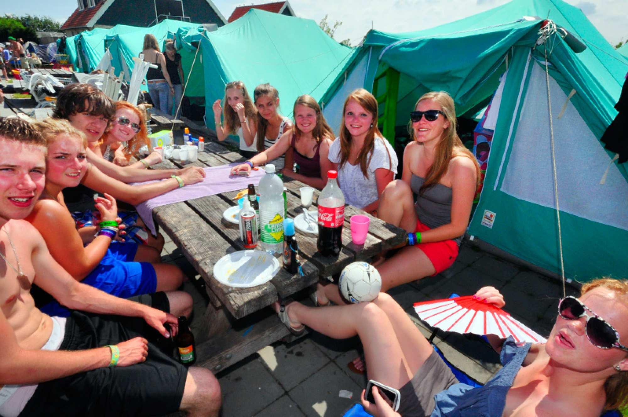 Harlingen Terschelling HolidayBus: Vakantievervoer naar
